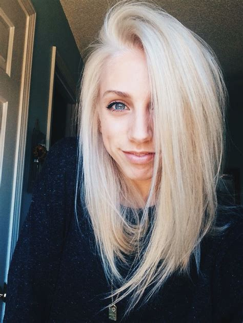 platinum blonde bob images the 25 best platinum blonde bobs ideas on pinterest