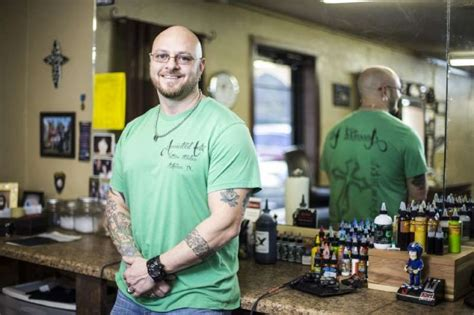 scott hill tattoo artist gives new meaning to letters houston
