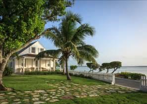 home design center bahamas beach house tour bahamas beach cottage