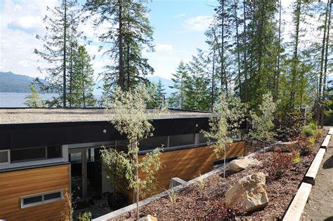 pennco homes home construction nelson bc jetson green modern green lvl prefab in canada