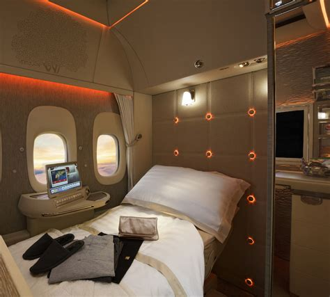 emirates virtual windows incredible look inside emirates new first class suite
