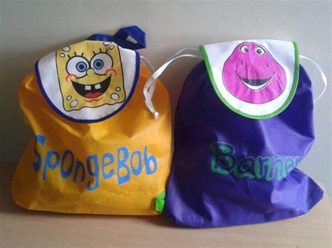 membuat bingkisan ultah anak tas souvenir ulang tahun anak murah perdana goodie bag