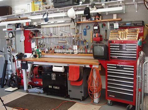 Best 25  Mechanic shop ideas on Pinterest   Mechanic