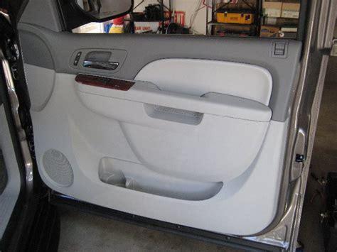 Interior Door Panels Chevy Gm Chevrolet Tahoe Interior Door Panel Removal Guide 060