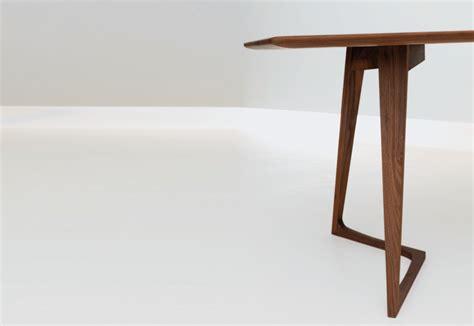 Buy The Zeitraum Twist Table Twist Rectangular By Period Of Time Stylepark