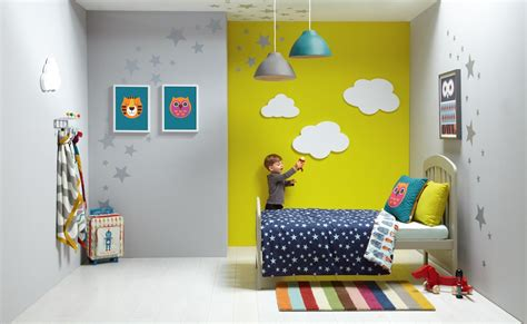 soffitti colorati idea piccola cameretta molto allegra e colorata