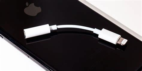 apple   bundle  lightning  headphone jack adapter  iphone  packaging