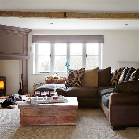 Warm Brown Living Room by Warm And Cosy Living Room Living Room Decorating Ideal
