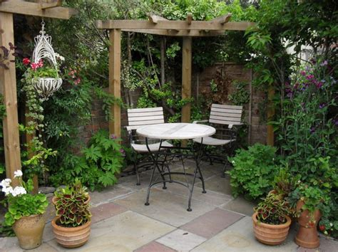 Small Courtyard Garden Design Ideas Courtyard Garden Design For Modern Home Small Courtyard Gardens Design Corner Pergola Outdoor