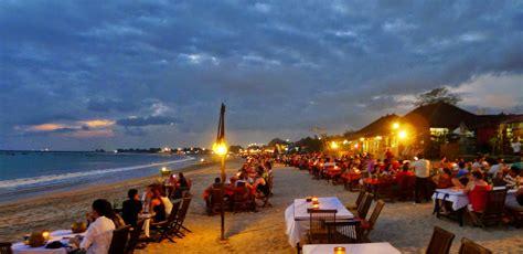 pantai jimbaran keindahan sunset  romantis bali