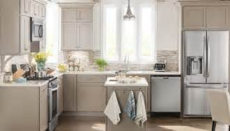lowes kitchen design tool lowes kitchen cabinet design tool lowes kitchen design