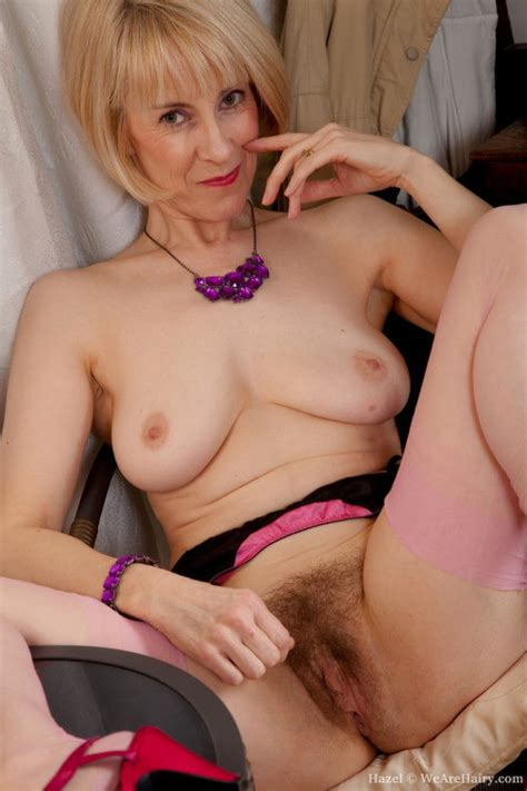 moms with nice pubic hair fetish granny spread legs 01 medium quality porn pic