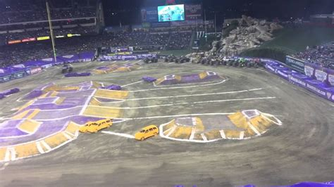 monster truck show anaheim stadium monster jam 2015 angel stadium youtube