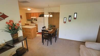 chesterfield of maumee rentals maumee oh apartments com chesterfield of maumee maumee oh apartment finder