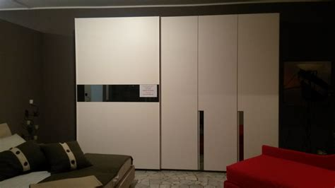 compro armadio armadio per negozio armadio metallico vendita usato
