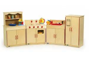 preschool 4 piece kitchen set