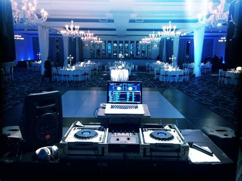 Wedding DJ   DJ Setup at FunDJStuff.com