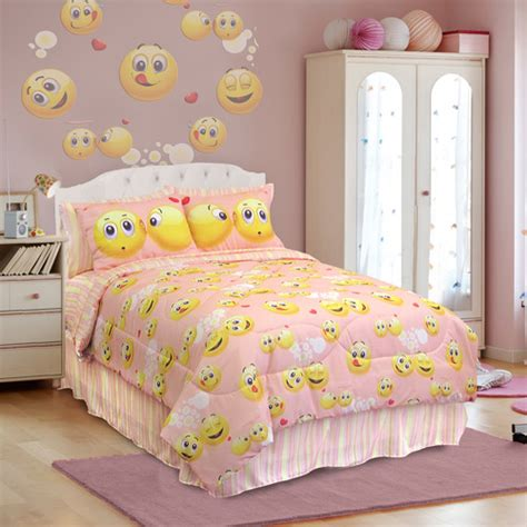 bed emoji veratex emoji bedding comforter set walmart com