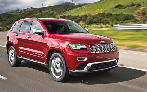 porsche jeep 2014 2014 jeep grand cherokee summit 4x4 ecodiesel vs 2013