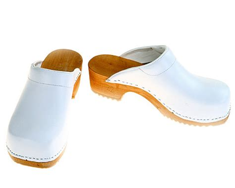white clogs for clogs in white with pad