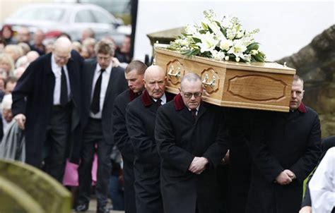 robertson funeral gives heartbreaking speech