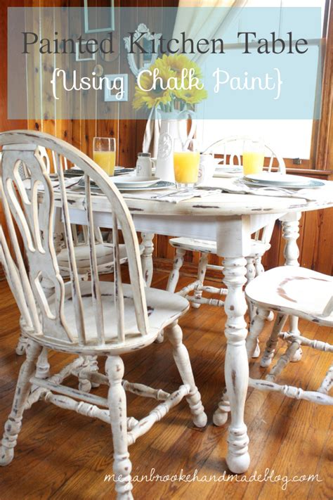 how to rev your kitchen table using chalk paint