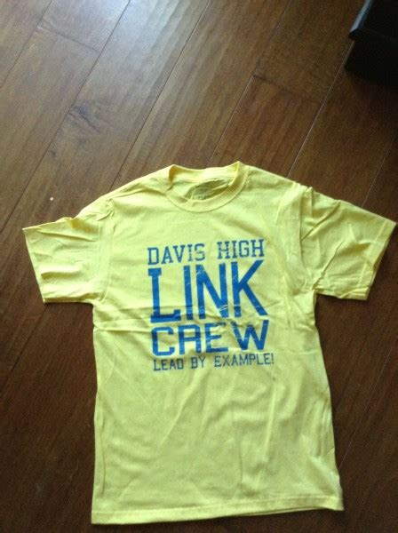 link crew theme ideas upperclassmen undergo training to link sophomores to the