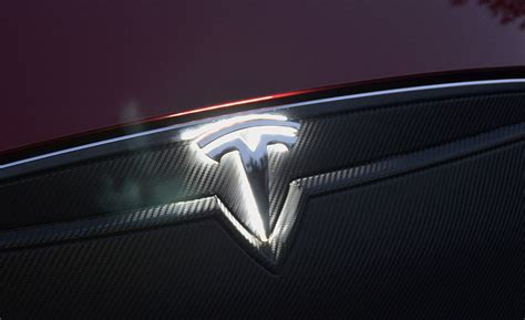 Tesla Accessories Tesla Model S Lighted T Installation