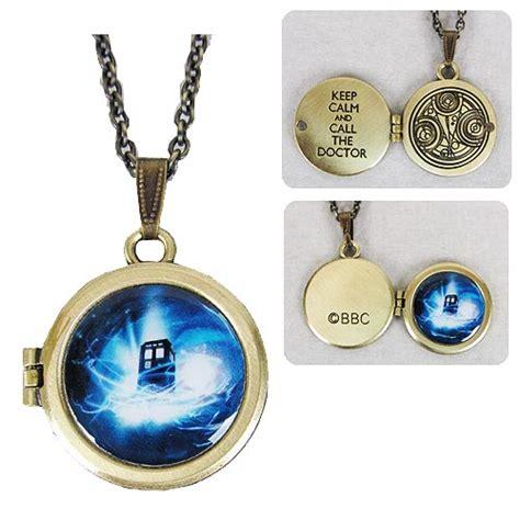 doctor who gallifreyen locket necklace vibe