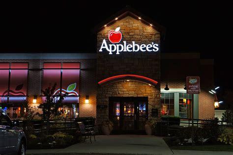 apple bee file applebee s restaurant jpg wikimedia commons