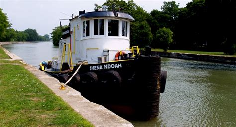 tugboat living quarters tug shenandoah