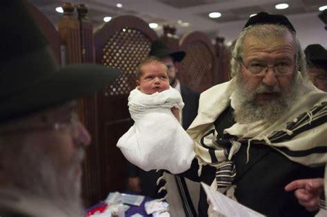 vergas de panameos los rabinos podr 225 n chupar el pene a los beb 233 s tras
