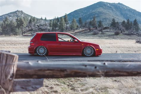 slammed volkswagen golf it cars slammed volkswagen golf r32 image by zachary