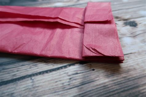 Folding Tissue Paper - how to fold tissue paper 28 images wrap a gift