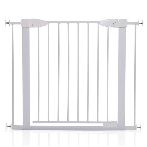 Summer Infant Dual Banister Gate by Summer Infant 33 In H Banister And Stair Gate With Dual Installation Kit Top Of Stairs 27320
