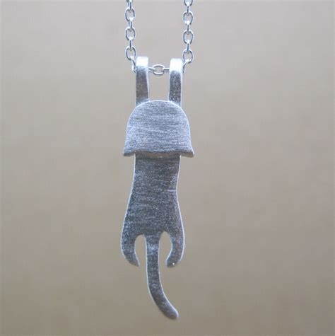 Necklace Handmade Design - brand new 925 sterling silver climbing kitten cat pendant