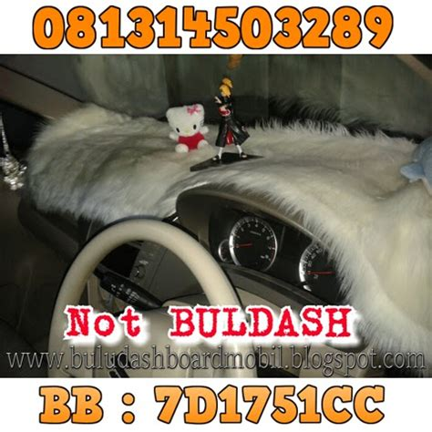 Karpet Bulu Dashboard Mobil karpet bulu dashboard warna krem karpet dashboard