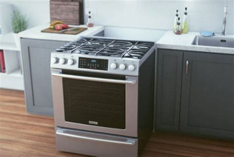 kitchen appliances reviews beste frigidaire kitchen appliances reviews fpgf3077qf gas