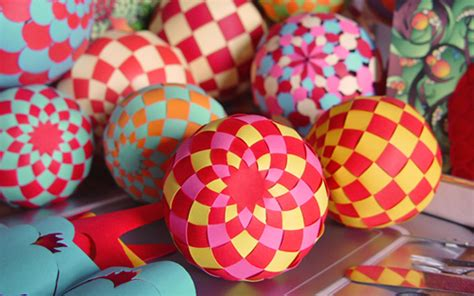 Paper Balls Craft - make woven paper balls and more design inspiration
