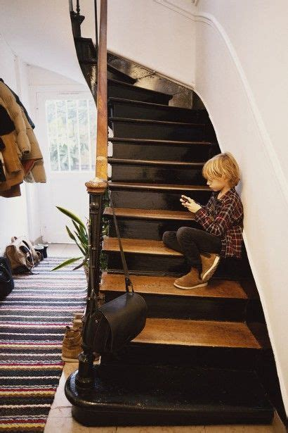 Escalier Bois Et Noir by On Ose L Escalier Noir Stairs Are In The House