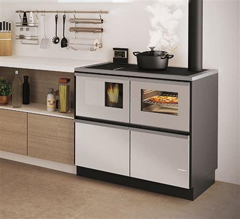 cucine economiche a legna palazzetti caminetti e stufe cucina a pellet idro 15 kw