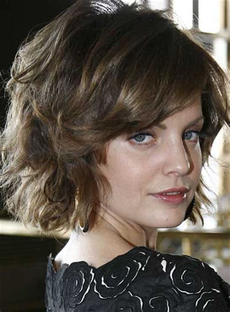 haircuts for frizzy wavy thick hair for older women short hairstyles for thick hair beautiful hairstyles