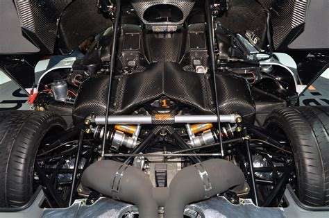 koenigsegg engine koenigsegg one 1 engine koenigsegg free engine image for