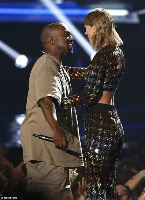 how tall is taylor swift s brother taylor swift presents kanye west s video vanguard award at