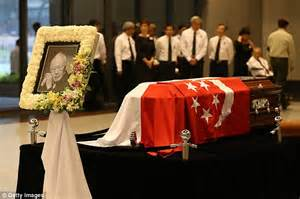 lee hsien loong fathers state funeral will be a moment world figures attend funeral of singapore s lee kuan yew