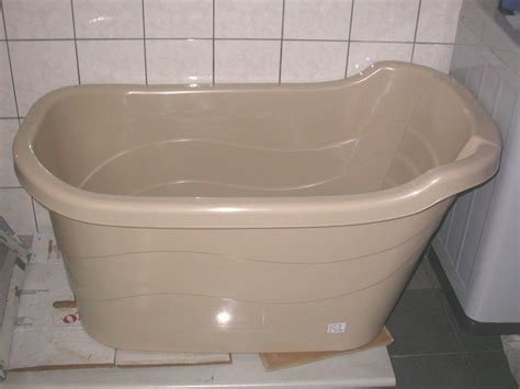 Portable For Bathtubs by Affordable Bathtub For Singapore Hdb Flat And Other Homes