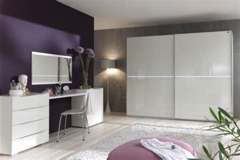 schlafzimmer schminktisch neu 5tlg schlafzimmer kleiderschrank hochglanz wei 223 led
