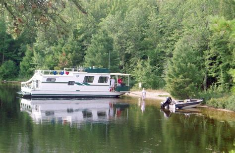 house boats mn houseboats for rent on rainy lake voyageurs national park mn