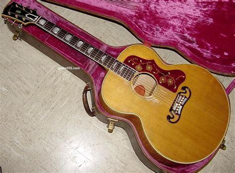 Gibson J-200 guitar Gibson J200 guitar Gibson SJ-200 SJ200 ... J 200