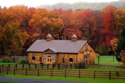 Pretty Barn Beautiful Barn Barns Farms